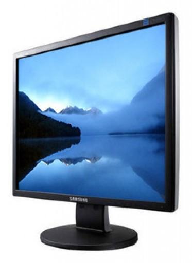 17 Inch Samsung Syncmaster 743n Flat TFT LCD PC Monitor