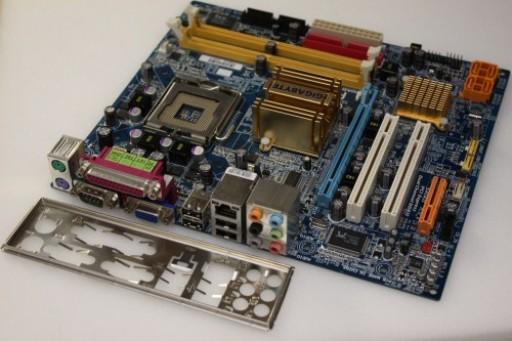 Gigabyte GA-946GMX-S2 Rev. 1.0 mATX Quad Core Socket LGA775 Motherboard