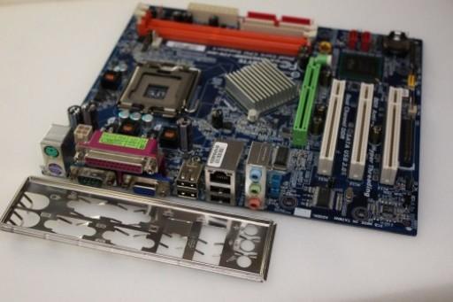 Gigabyte GA-8I865GME-775-RH Rev: 1.1 Socket LGA 775 AGP DDR Motherboard