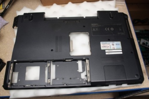 Sony Vaio VGN-AW Bottom Lower Case 013-001A-8736-A