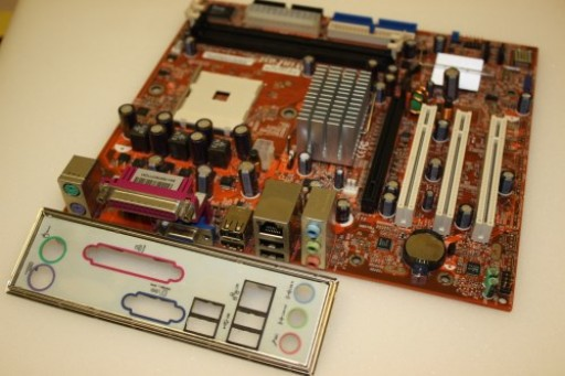 WinFast 6100K8MB Socket 478 PCI Express Motherboard