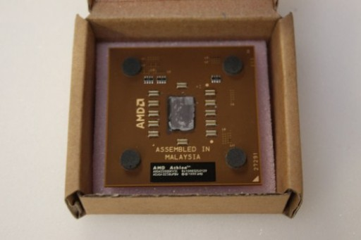 AMD Athlon XP-M 2400+ 1.8GHz 266MHz 512KB 462 CPU Processor AXMH2400FQQ4C