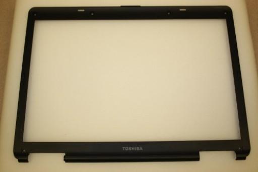 Toshiba Satellite L40 LCD Screen Bezel 13GNQA1AP020