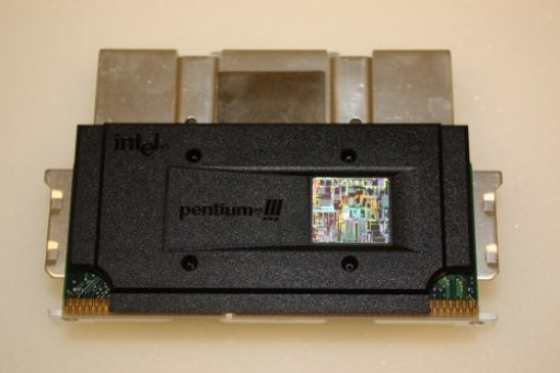 Intel Pentium III 733MHz 133MHz 256KB Slot 1 Processor SL4C2
