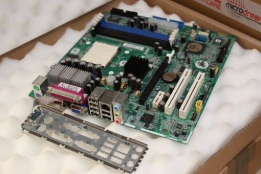 HP Compaq DX5150 380132-001 361635-001 MSI MS-7050 Ver: 1.3 Socket 939 Motherboard I/O PlateHP Compaq DX5150 380132-001 361635-001 MSI MS-7050 Ver: 1.3 Socket 939 Motherboard I/O Plate