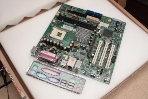 HP Compaq EVO D310 P6245-60001 P4B266-VMX Socket 478 Motherboard