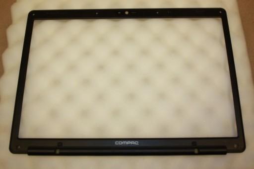 HP Presario C700 LCD Screen Bezel AP02E000F00