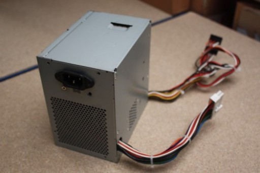 Dell PS-6311-2DFS D5032 L305P-00 305W PSU Power Supply