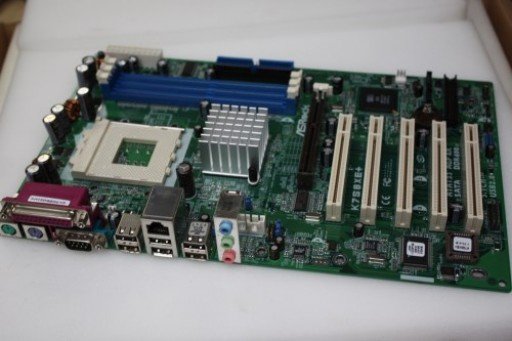 ASRock K7S8XE+ Socket 462 A AGP Motherboard