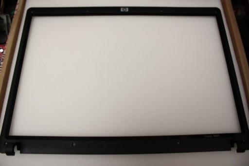 HP Compaq 6820s LCD Screen Bezel 6070B0211901