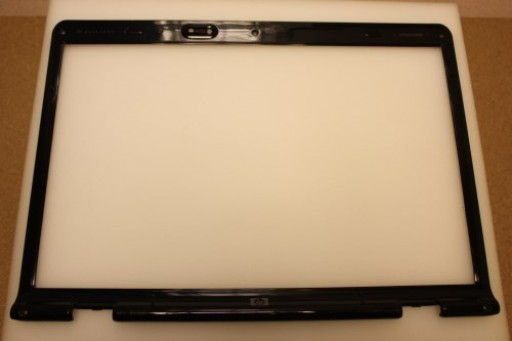 HP Pavilion dv9000 LCD Screen Bezel 447997-001
