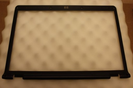 HP Pavilion dv6000 LCD Screen Bezel 433282-001
