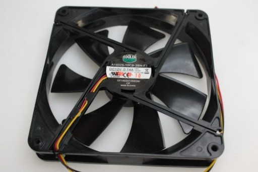 Cooler Master Case Cooling Fan 3 Pin A14025-10CB-3BN-F1 DF1402512SEDN 140x25mm