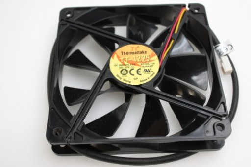 Thermaltake TT-1225 A1225L12S PC Case Cooling Fan 3 pin 120x25mm