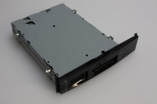 Dell XPS 420 Card Reader 0YR887 YR887