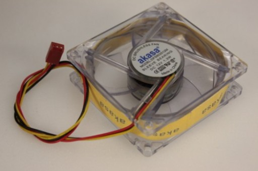 Akasa PC Case Cooling Fan DFS802512M 3Pin 80mm x 25mm Color Changing LEDDFS802512M
