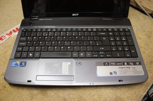 Acer Aspire 5740-333G32Mn Laptop Core i3 2 13GHz, 3GB Ram, 320GB, Windows 7