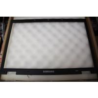 Samsung R700 LCD Screen Bezel BA75-01996A BA81-04346A