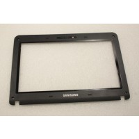 Samsung NP-NB30 NB30 LCD Screen Bezel BA75-02433B