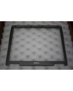 Dell Latitude D600 LCD Screen Front Bezel 06M873 6M873