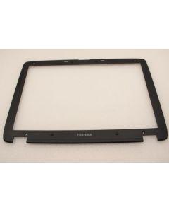 Toshiba Satellite P30 LCD Screen Bezel APEFQ055000