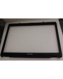 Toshiba Satellite L300 LCD Screen Bezel V000130010
